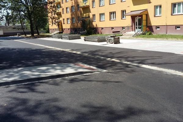 Parkoviště na ul. Šrámkova