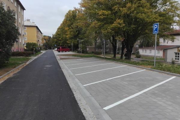 Parkoviště na ul. Stavbařská