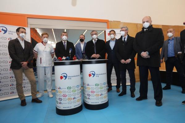 Havířov navštívil premiér České republiky Andrej Babiš. Zajímal se nejen o očkovací centrum, kde se už brzy začnou používat QR kódy